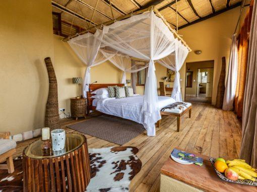 Kyambura Gorge Lodge – Uganda